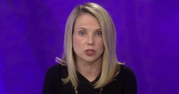 Глава Yahoo отказалась от бонуса за 2016 год из-за массовых утечек данных