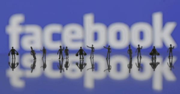 Facebook разрешил всем страницам публиковать оплаченный контент