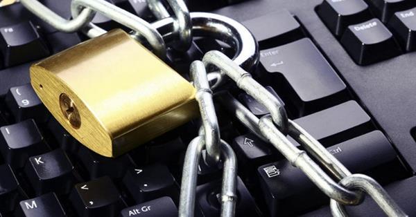 Более половины россиян за цензуру в интернете