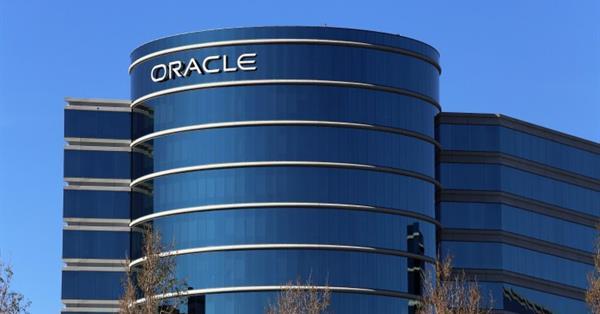 Oracle объявил о покупке аналитической компании Moat