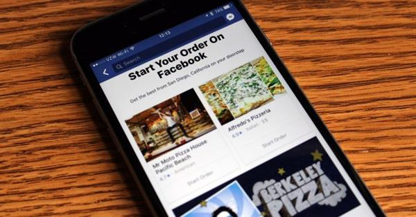 Facebook тестирует раздел для заказа еды на дом