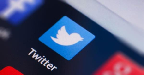Twitter признал, что показывал больше рекламы менее популярным пользователям
