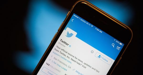Twitter тестирует возможность пометки фейковых новостей