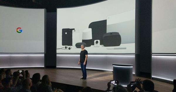 Google представил новые смартфоны Pixel и ноутбук-трансформер Pixelbook
