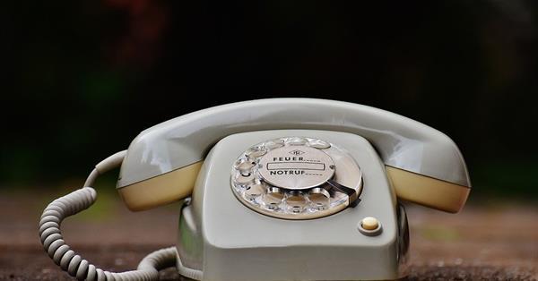 Google расширил показ активных номеров телефонов в органической выдаче