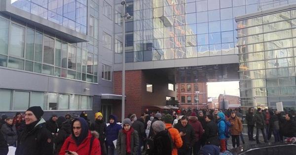 Сотрудники московского офиса Яндекса эвакуированы после звонка о заложенной бомбе