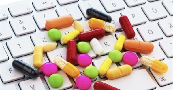 Аптеки попросили Роскомнадзор заблокировать Ozon.ru