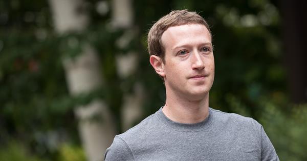 Цукерберг заявил, что не намерен уходить с поста главы правления Facebook