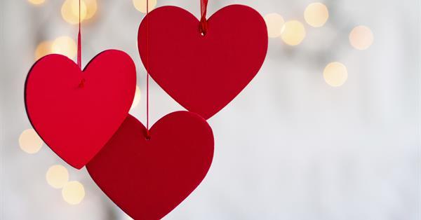 Google назвал самые популярные романтические запросы