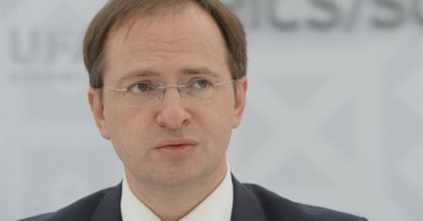 Министр культуры пообещал россиянам интернет «по паспорту»