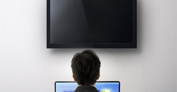 Интернет обошел телевидение по суточному охвату аудитории