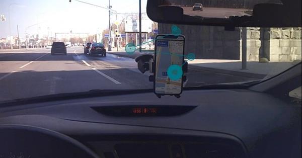 Реклама в навигаторе в 6 раз заметней для водителей, чем на билбордах - исследование