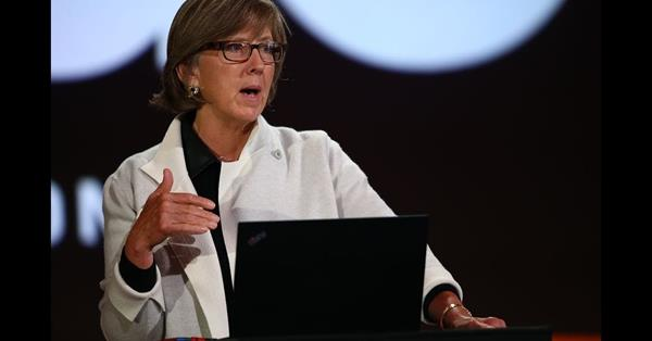 Мэри Микер представила отчёт об интернет-трендах за 2019 год