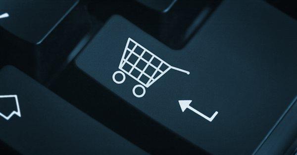 В приложении Facebook в США появилась новая вкладка «Shop»