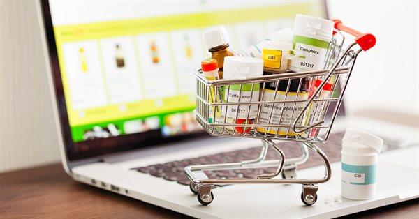 Россияне стали больше доверять онлайн-источникам при выборе и покупке лекарств
