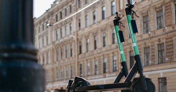 ВКонтакте запустился сервис аренды электросамокатов