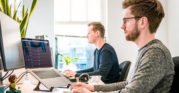 Зарплаты IT-специалистов выросли в среднем на 20% за три месяца