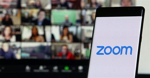 Zoom запустил автоматические субтритры для всех пользователей